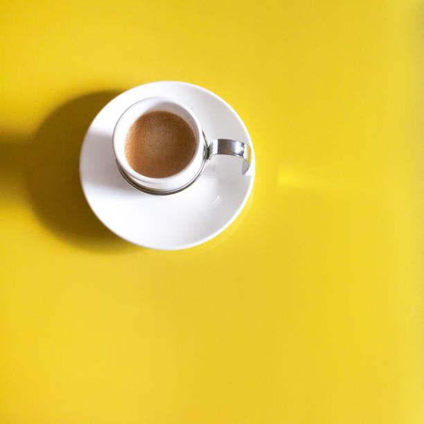 tasse espresso - mokkatassen stock-fotos und bilder