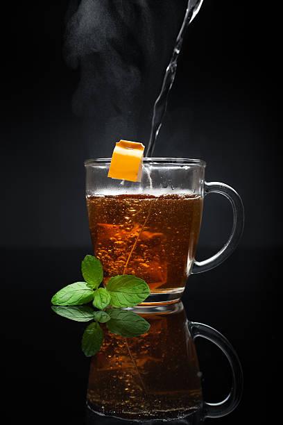 Tasse heißer Tee und Minze – Foto