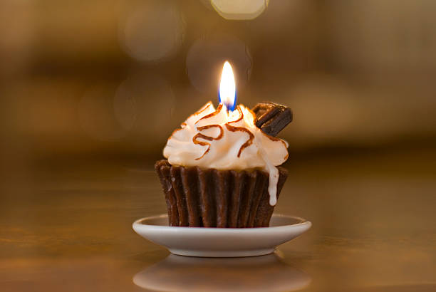 Cupcake & Chocolate Bar Candle stok fotoğrafı