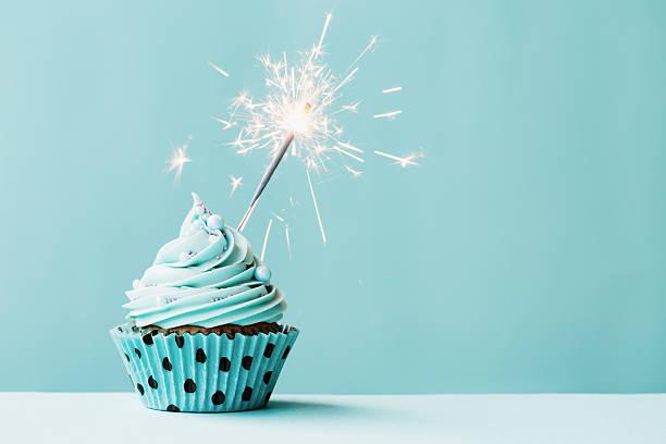 Cupcake with sparkler picture id488719370?b=1&k=6&m=488719370&s=612x612&w=0&h=keb txiuvzt18mavplamyyuv2tnllkaokr xfg7b9do=