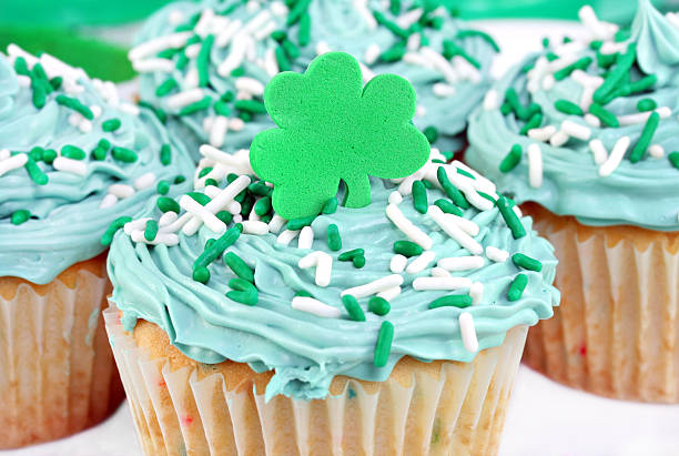 cupcakes for st. pat's day - st patricks day food stock photos and pictures