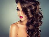 カーリー hair.Sensual スタイルです。