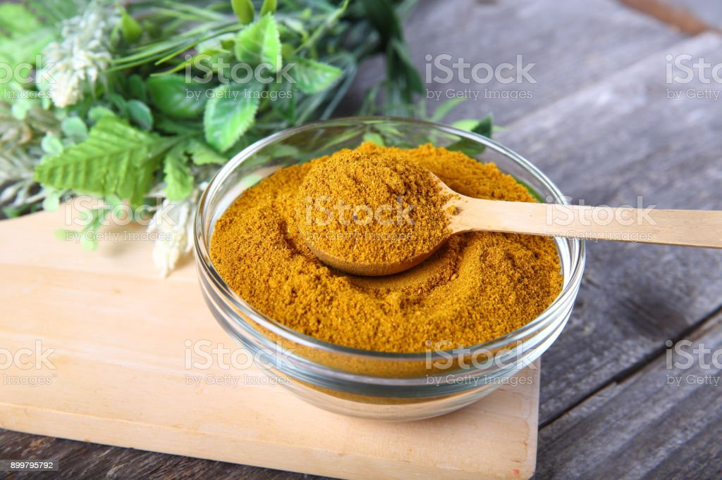 Curry powder in a bowl