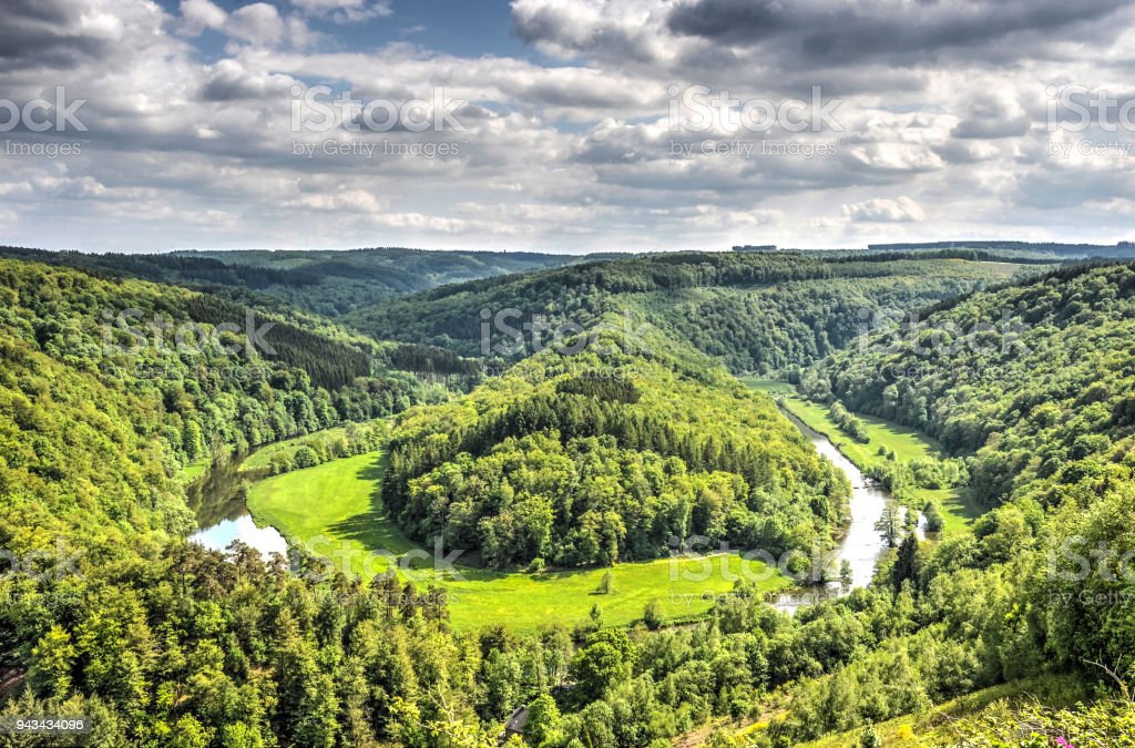 La courbe de la rivière Semois - Photo