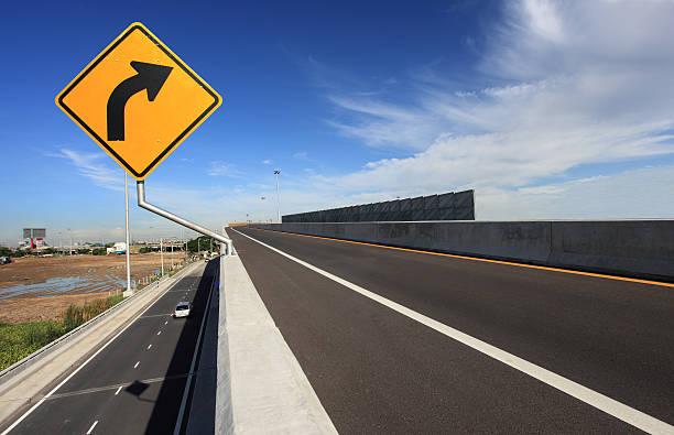 curve road sign – Foto