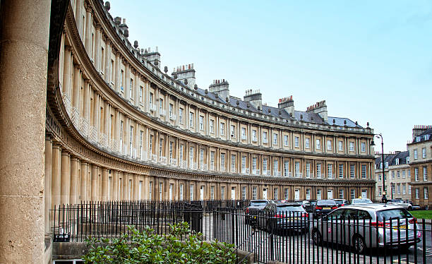 Curves Part of the Circus houses in the city of Bath Somerset. bath england stock pictures, royalty-free photos & images