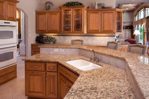 Custom Luxury Eatin Kitchen With Granite Counters Oak ...