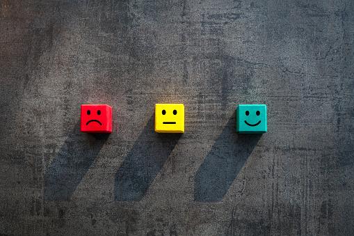 表情のブロック|KEN'S BUSINESS|ケンズビジネス|職場問題の解決サイト