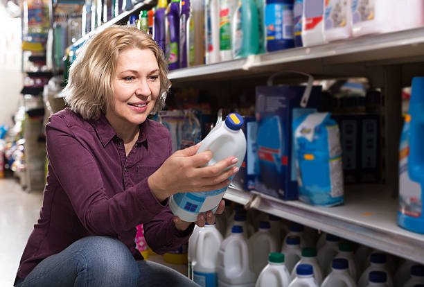 customer buying detergents - bleach stock pictures, royalty-free photos & images