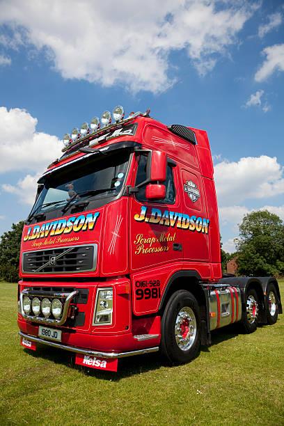 individuelle truck - aufgemotzte trucks stock-fotos und bilder