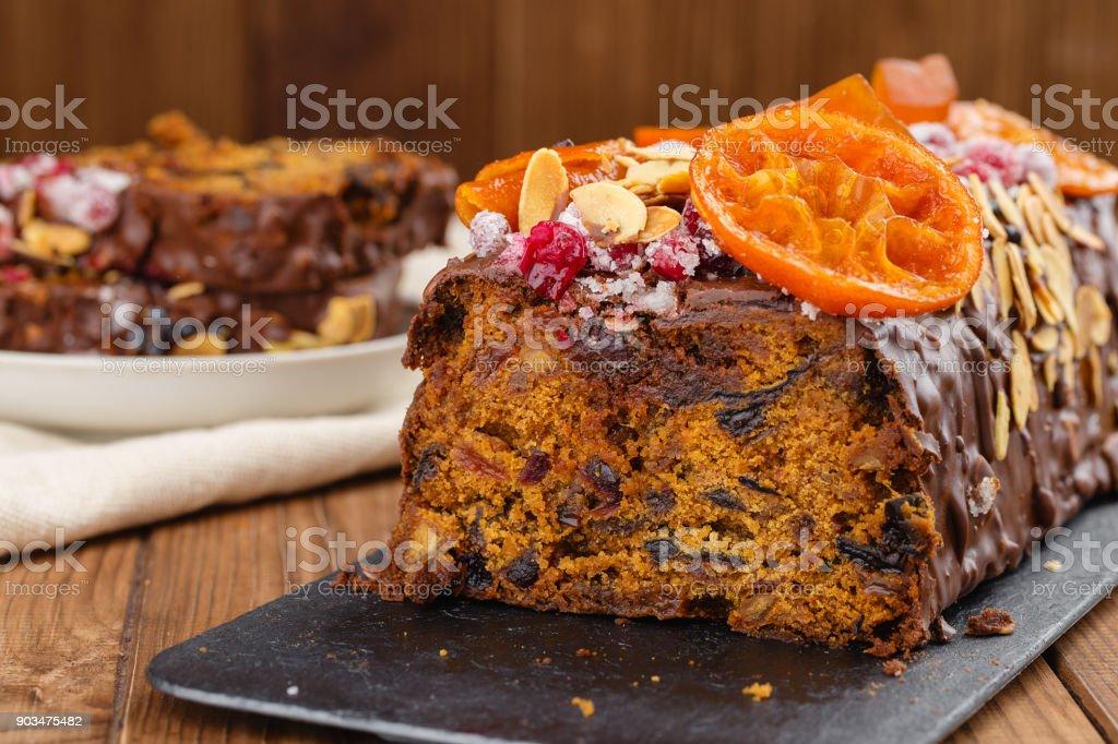 Geschnitten Sie Traditionelle Weihnacht Obst Kuchen Pudding In