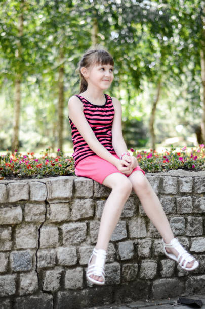1 047 Tween Girl Legs Stock Photos Pictures Royalty Free Images Istock