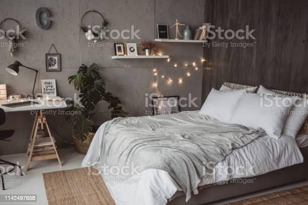 Cute bedroom picture id1142497658?b=1&k=6&m=1142497658&s=612x612&h=zme4aunt4egl9e kijsb3dgazernmvoqjlg4c96lt e=
