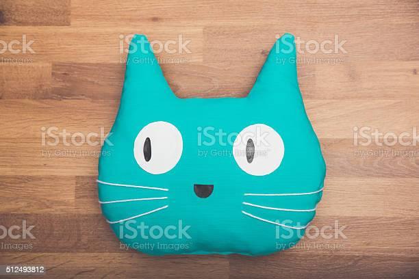Cute blue cat pillow with big eyes picture id512493812?b=1&k=6&m=512493812&s=612x612&h=jvvq7lu9bh8hucti5kctvxlhtlf5uzqagqxy 7flfoe=