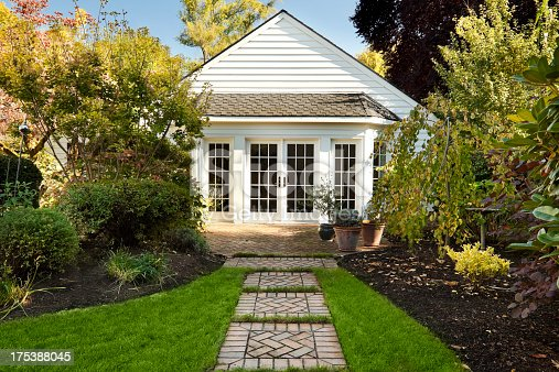 istock Cute Cottage Home 175388045
