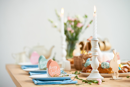 Cute Easter design of table