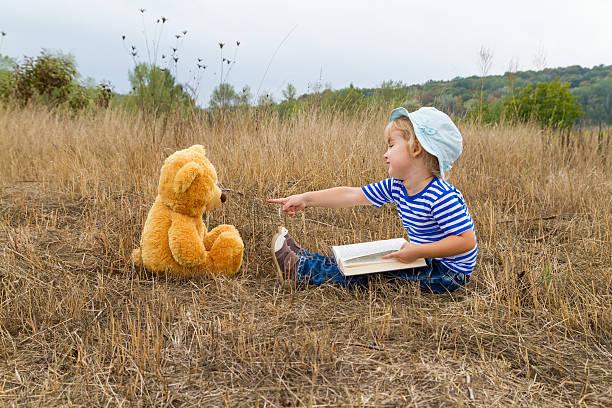 Cute girl reading book teddy bear picture id496062022?b=1&k=6&m=496062022&s=612x612&w=0&h=navopjbge9zundylkpdi9etm hbckpxfwr2xiyw1kt0=