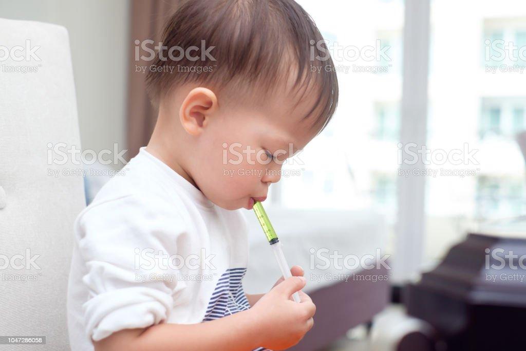a9cf2983e9 Lindo poco asiáticas 30 meses/2 años viejo para niños pequeños bebé niño  chico que