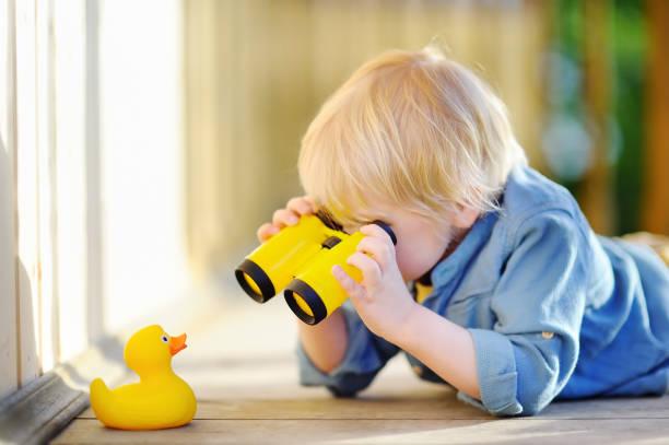 Cute little boy playing with rubber duck and plastic binoculars picture id801233890?b=1&k=6&m=801233890&s=612x612&w=0&h=lpx8hdcpa4i7qunqzmylgrnq1 n40x9zwbv8itzckdo=