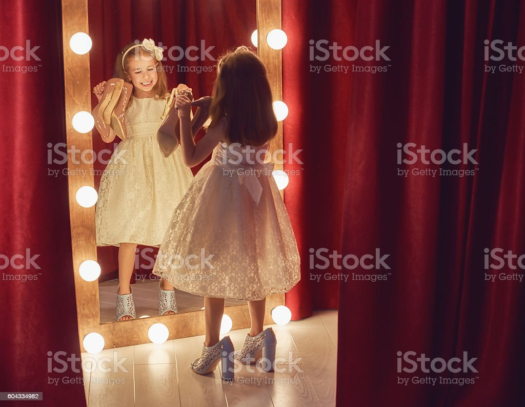 Cute little fashionista - foto stock