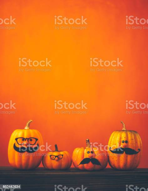 Cute pumpkin halloween characters on bright orange background picture id852442634?b=1&k=6&m=852442634&s=612x612&h=hhhsuuo xkki4s4yy4y6gbs8eqr3g5hdb4gyx7h66ku=