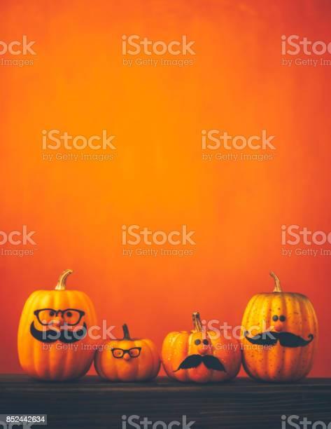 Cute pumpkin halloween characters on bright orange background picture id852442634?b=1&k=6&m=852442634&s=612x612&h=hhhsuuo xkki4s4yy4y6gbs8eqr3g5hdb4gyx7h66ku=