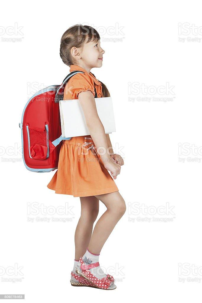 Linda Aluna com mochila vai vermelho sobre os ombros - foto de acervo