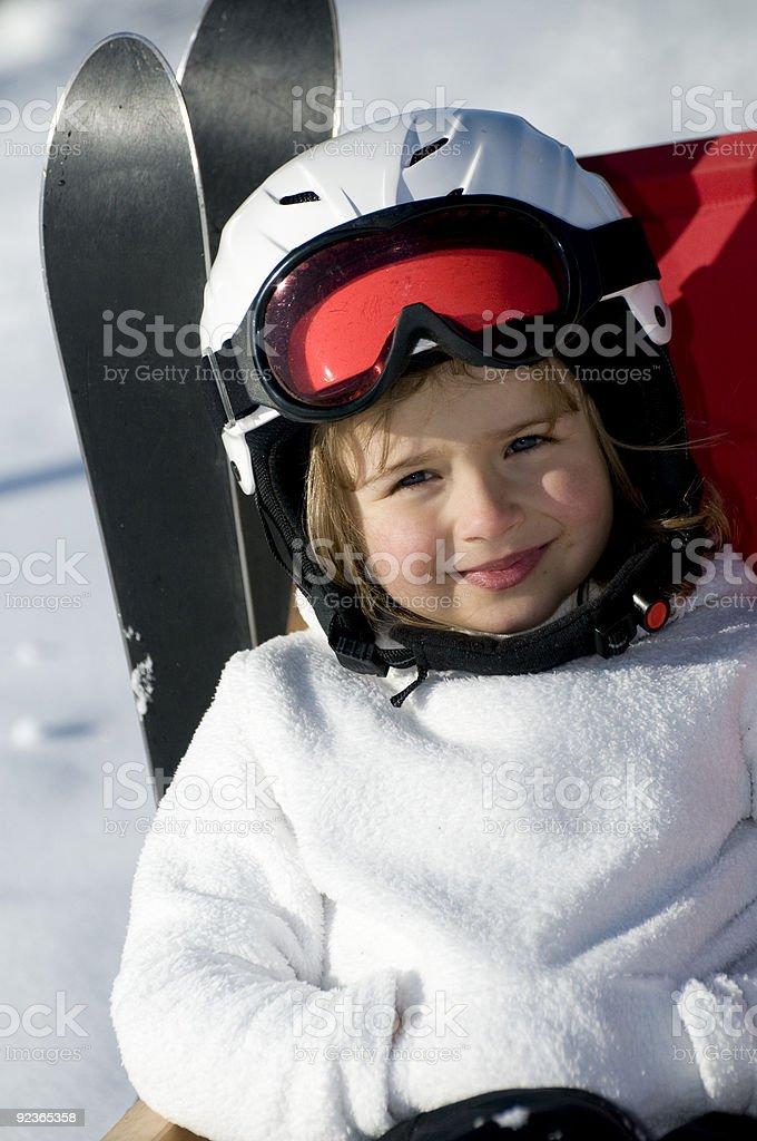 Süße Skifahrer im winter-Urlaub Lizenzfreies stock-foto