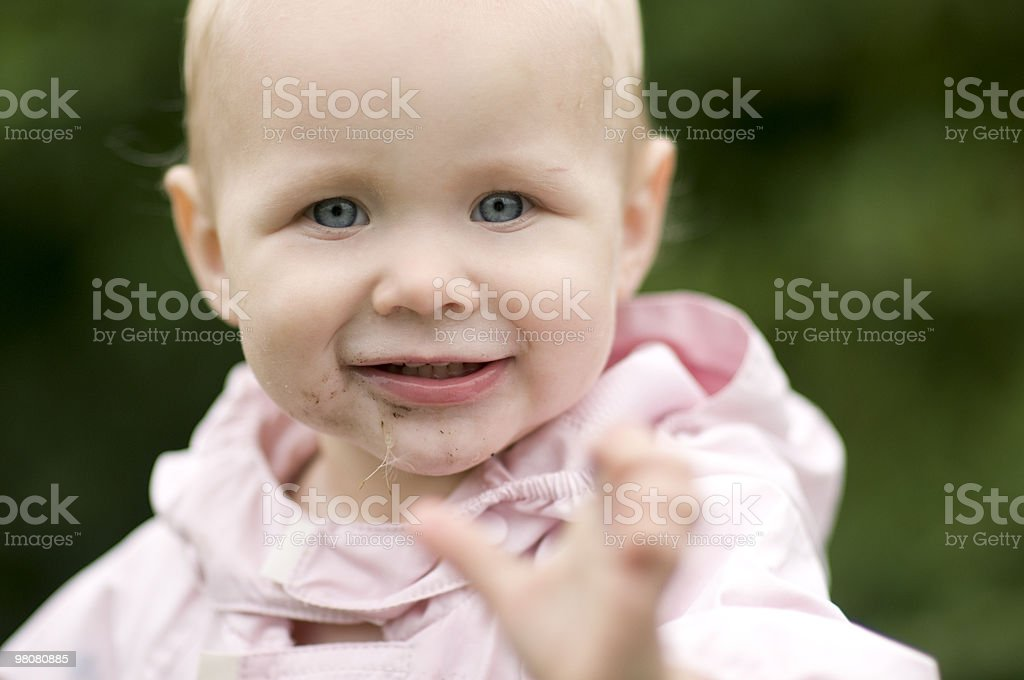 Carino bambino sorridente foto stock royalty-free