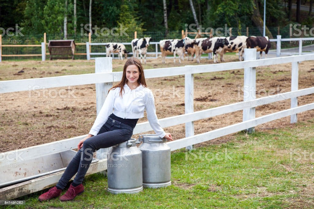 Девушка для работы на ферме iryna vovk