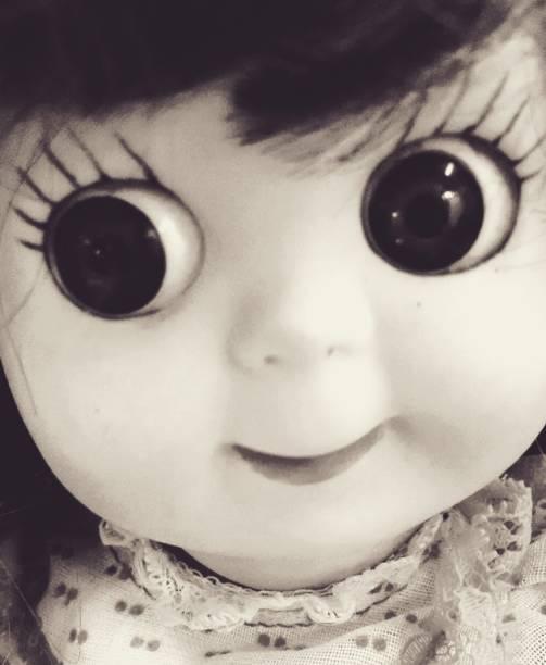 muñeca cursi - muñeca bisque fotografías e imágenes de stock