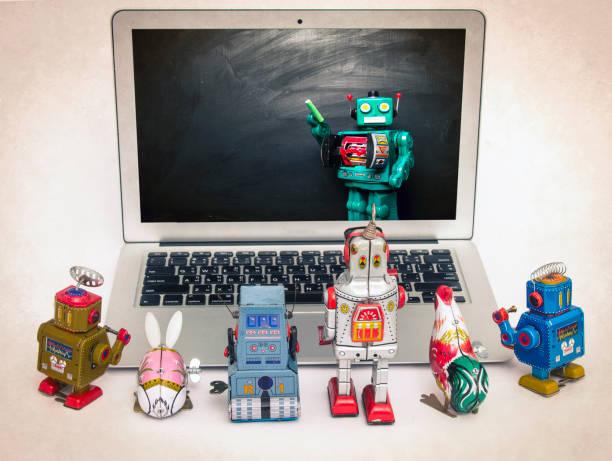cyan blauer roboter-lehrer - converse taylor stock-fotos und bilder