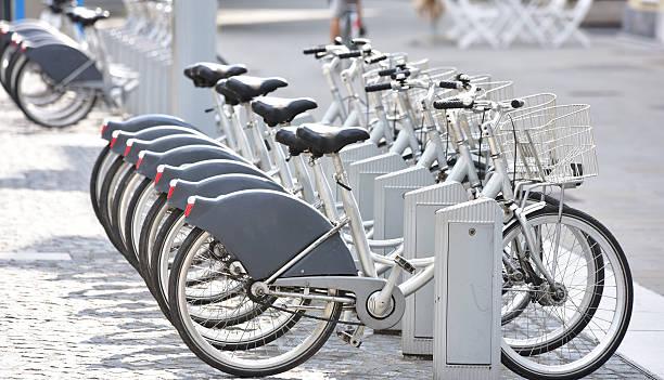 cycle - fahrradhalter stock-fotos und bilder