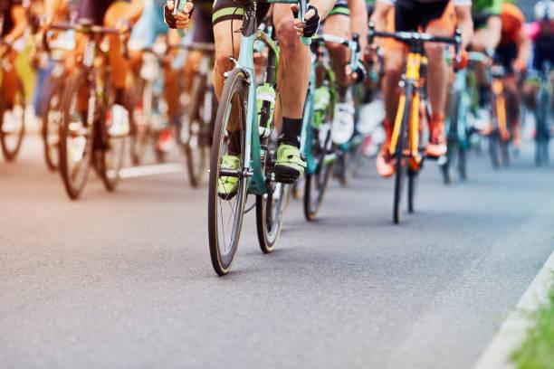 corsa ciclistica - ciclismo foto e immagini stock