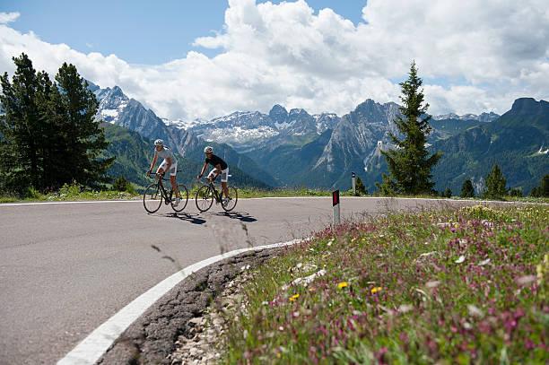 Cycling road Urlaub in den Dolomiten – Foto