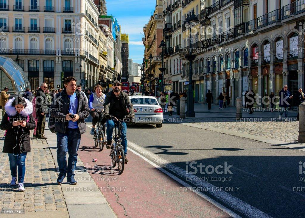 Ciclistas de Madrid foto de stock libre de derechos