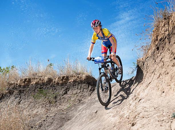 cyclone hudhud, - cyclocross stock-fotos und bilder