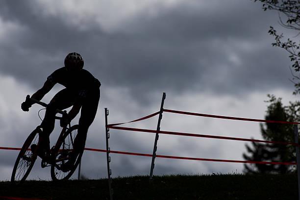 cyclocross racer - cyclocross stock-fotos und bilder