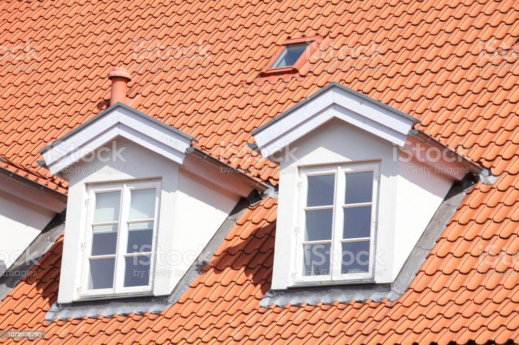Dach, Dachfenster Dach, Dachfenster, Modernes Wohngebäude, Lüneburg, Deutschland, Europa Architecture Stock Photo