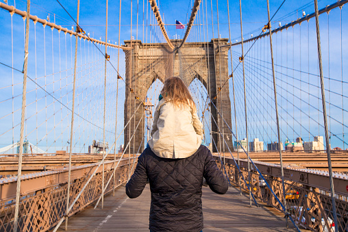 Dad And Little Girl On Brooklyn Bridge New York City Stock Photo - Download Image Now
