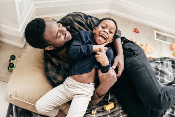 아버지 재생와 아들 스톡 사진