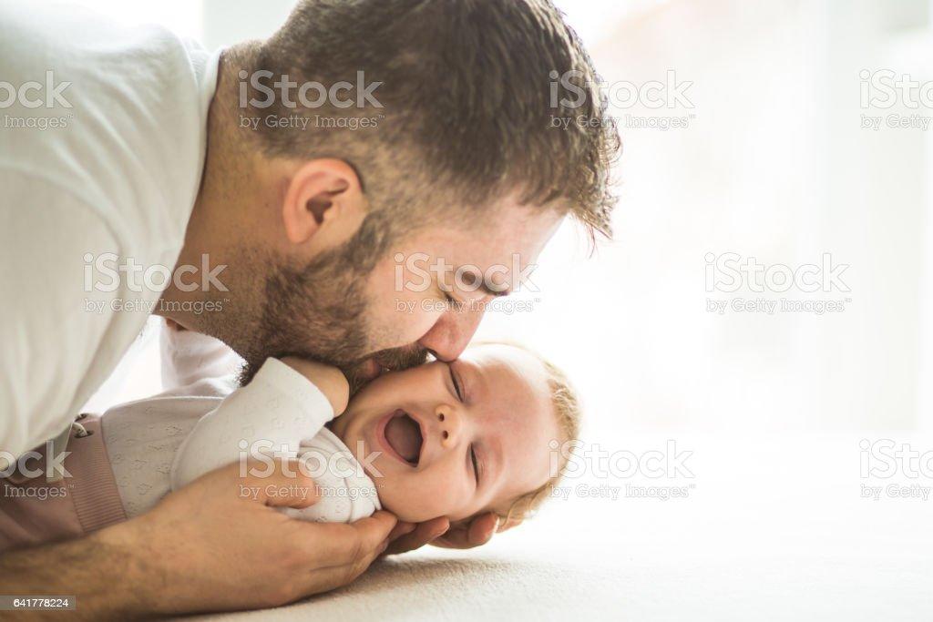 Papa mit Baby girl – Foto