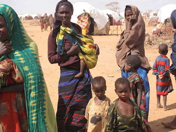 dadaab refugee camp in somalia - somalia stock photos and pictures
