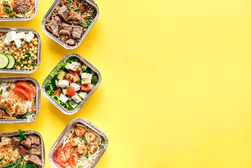 Daily Meals Delivery - Fotografias de stock e mais imagens de Alimentação Saudável