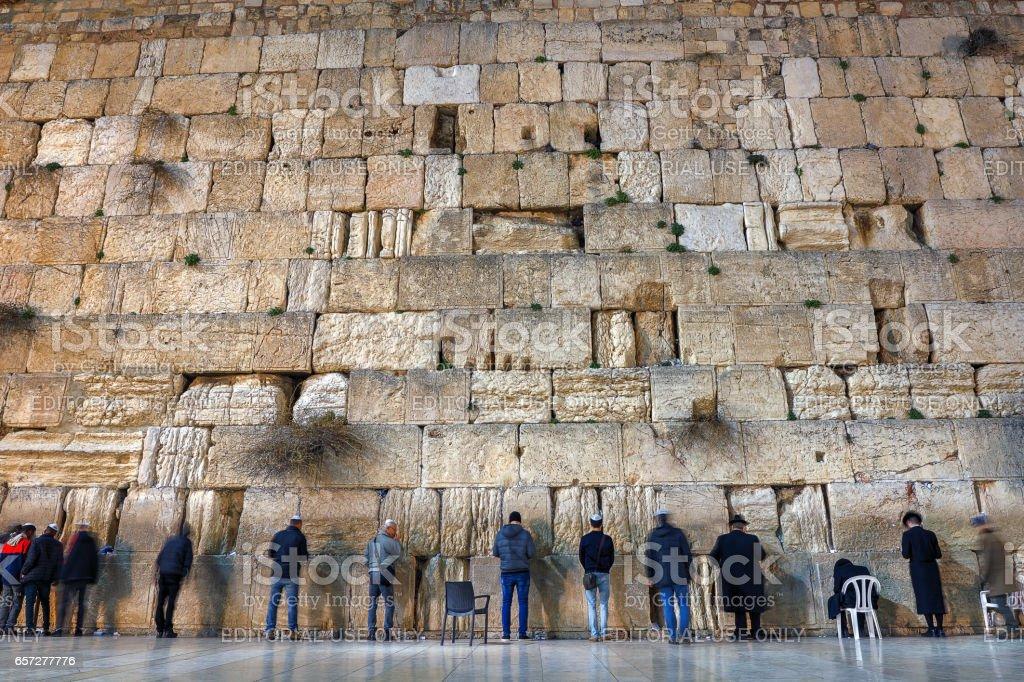 Tägliches Gebet an der Klagemauer, Altstadt, Jersalem, Israel – Foto