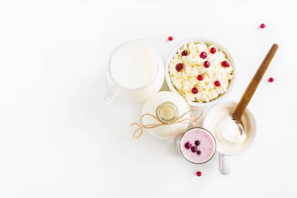 dairy produce, white table, top view. - kéfir fotografías e imágenes de stock