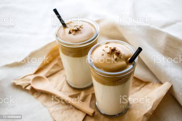 Dalgona coffee picture id1218966968?b=1&k=6&m=1218966968&s=612x612&h= emjw49ouh5joinw5 mblwkzoyv1fubwnc7avzfr45y=