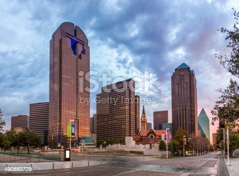 istock Dallas downtown - Arts district 490883729