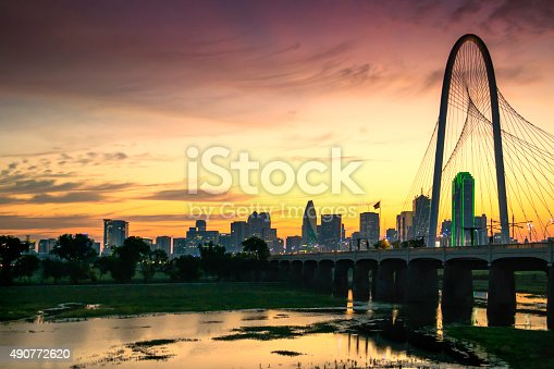 Photo of Dallas' skyline in the marning. Sunrise moment. Dusk.