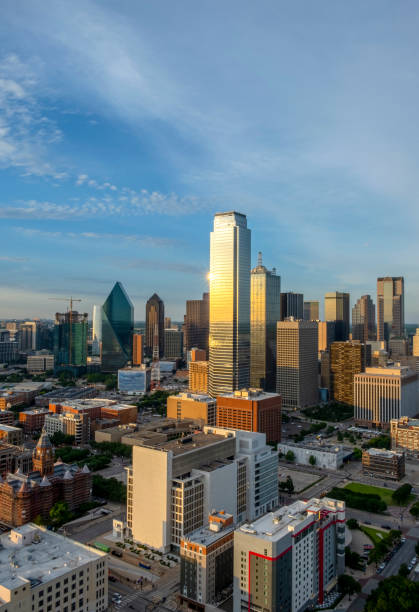 Skyline von Dallas in der Dämmerung – Foto